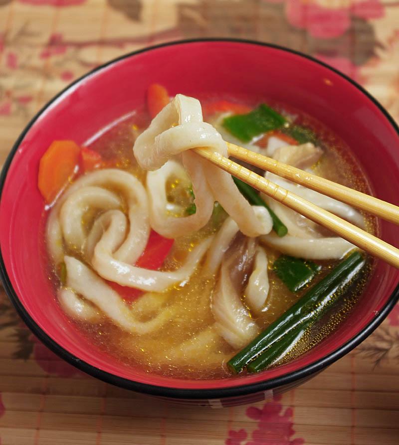 Sopa de miso con udon