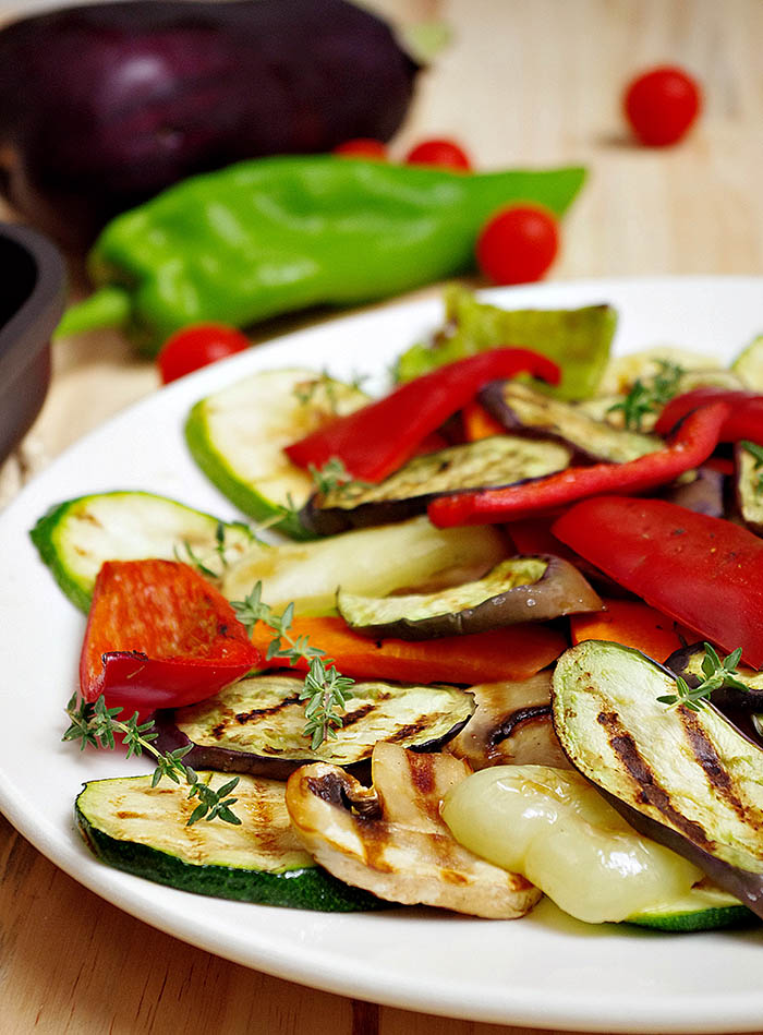 Berenjenas y verduras a la parrilla