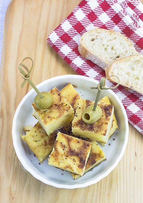 Tortilla de patatas vegana con sal kala namak