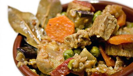 Cazuela de tempeh, de Hiulit's Cuisine