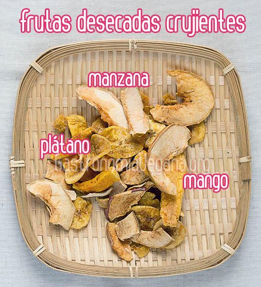 Snacks rápidos y veganos: frutas desecadas crujientes