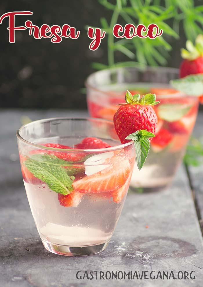 Aguas aromatizadas: fresa y coco - GastronomiaVegana.org