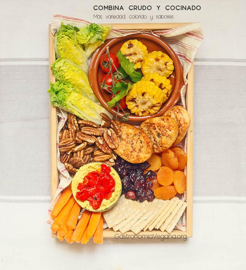 Tabla vegetal de paté, maíz asado, verduras y frutos secos - GastronomiaVegana.org