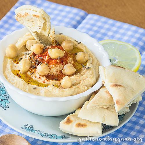 Hummus con pepino - Recetas de hummus veraniegas