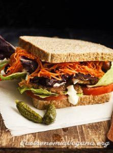 Sándwich de seitán - Gastronomía Vegana