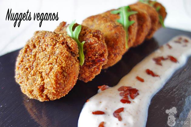 Nuggets veganos de arroz rojo